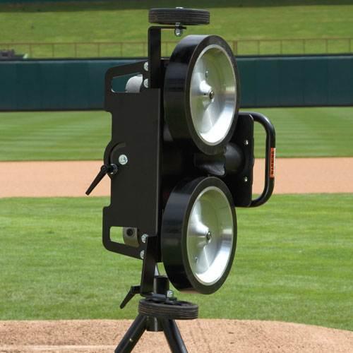 bulldog pitching machine