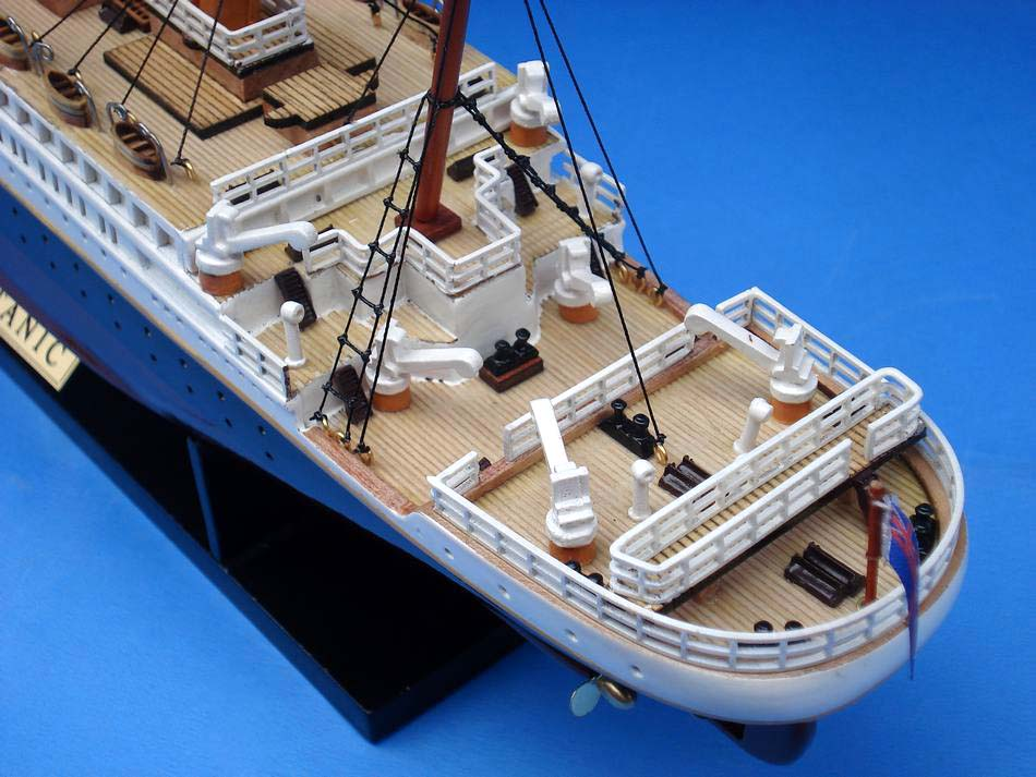 Handcrafted Model Ships A1704 RMS Titanic Limited 20""