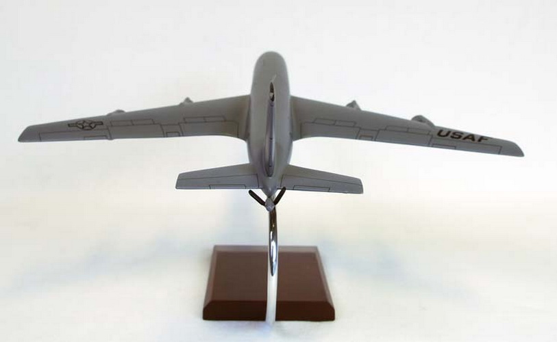 Toys and Models CK135ET KC-135E Tanker, 1/100 scale model