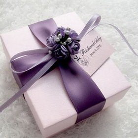 "Blank Elegant Purple Flower Wedding Favor Gift Box with Custom Tag, 2.76""L*3.35""W*1.58""H, Price/Piece"