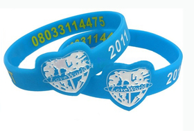 Promotional Heart Style Silicone Band, Debossed and Color-filled Method, Price/Piece