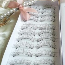 ALICE 50 Pairs Natural Criss Cross Flair Eyelashes