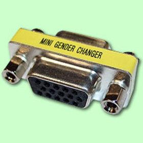 CablesToBuy HD15 VGA F/F Mini Gender Changer