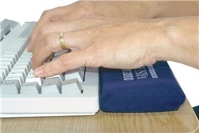 AliMed 5267 AliMed Soft Keyboard Wrist Rest - 1