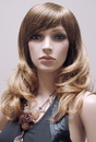 AMKO Displays T10 Blonde Wig, Wavy Hair With Bangs