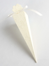 Cone Favor Box, Ivory