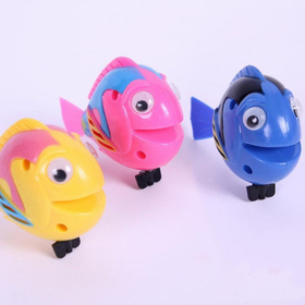 GOGO Swim Fish Wind-up Toys, Set of 3, Gift for Kids, Christmas Gift Idea, Price/SET