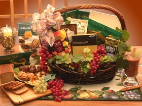 The Kosher Gourmet Gift Basket, Medium, Gift Basket