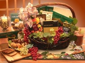 The Kosher Gourmet Gift Basket, Medium, Gift Basket