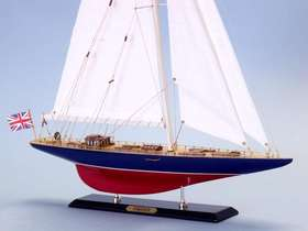 Handcrafted Model Ships D0304 Endeavour Limited 27""