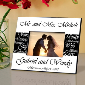 JDS Mr. and Mrs. Personalized Wedding Frame