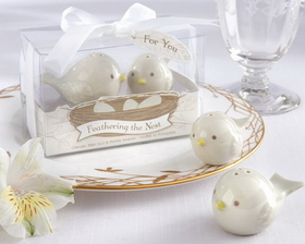 "Kate Aspen ""Feathering the Nest"" Ceramic Birds Salt & Pepper Shakers"