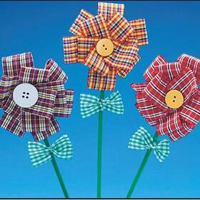 Fabric Button Flowers (pk/12), Price/per pack