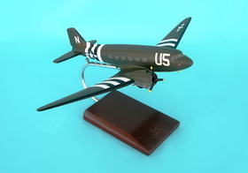 Toys and Models AC047ODT C-47A Skytrain (Olive), 1/72 scale model