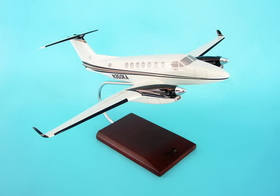 Toys and Models KBKAB350TR B350 King Air, 1/32 scale model