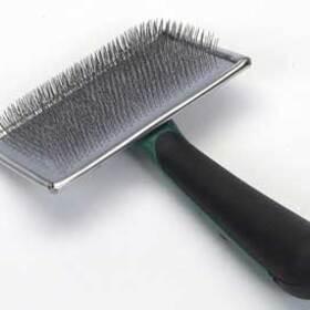"""Safari Brush Soft Slicker Medium 3 - 5/8"""""""