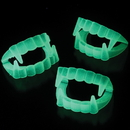 US TOY 574 Glow in the Dark Vampire Fangs Costume Accessory
