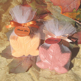 Wedding Belle Favors WB228 Maple Leaf Soaps