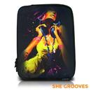 Garibaldi David - She Grooves, Zippered Neoprene 10 Netbook/Tablet Sleeve