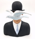 Parastone MAG04 Magritte Man with Hat and Dove l'homme au chapeau melon Statue