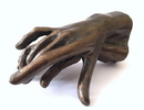 Parastone RO25 Two Hands Holding Small Statue by Rodin