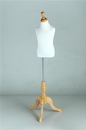 AMKO Displays BFB/C-4 3-4 Yrs Old Child Form, Maple Tripod Base & Neckblock