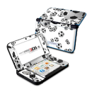 DecalGirl Nintendo 3DS XL Skin - Lots of Soccer Balls (Skin Only)