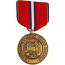 Eagle Emblems M0042 Medal-Uscg, Good Cond.Resv (2-7/8