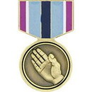 Eagle Emblems P15838 Pin-Medal, Humanitarian Sv (1-3/16