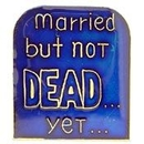 Eagle Emblems P63580 Pin-Fun, Married But Not (1