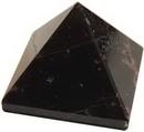 AzureGreen GPYGAR25 25-30mm Garnet pyramid