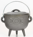 AzureGreen ICM56 Triple Moon cast iron cauldron 4