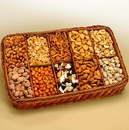 Gift Basket 820512 Snackers Celebration Tray