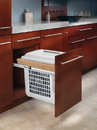 15W TopMnt PullOut Hamper WH/MAPLE