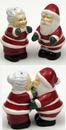 IWGAC 049-98251 Santa Couple Salt and Pepper Set