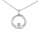 Guinness Official Merchandise PE4080 Large Claddagh Pendant With Chain