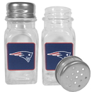 Siskiyou Buckle New England Patriots Graphics Salt & Pepper Shaker, FSPP120