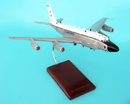 Executive Series RC-135v/W Rivet Joint W/Small Engines 1/100