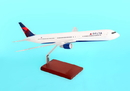 Executive Series Delta 767-400 1/100 New Livery