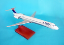 Toys and Models KMMD80DTR MD-80 Delta, 1/100 scale model