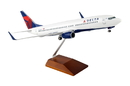 SkyMarks SKR8206Skymarks Delta 737-800 1/100 W/Gear & Wood Stand Nc