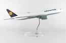 Daron SKR9100 Lufthansa Cargo 777F 1/100 W/Stand & Gear