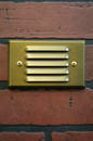 YardBright GBT5035 Solid Brass Louvered Step Light